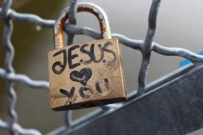 jesus-lock-1670164_960_720